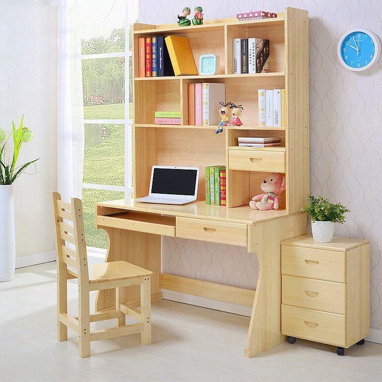 Bàn học trẻ em đẹp bằng gỗ tự nhiên kết hợp giá sách liền