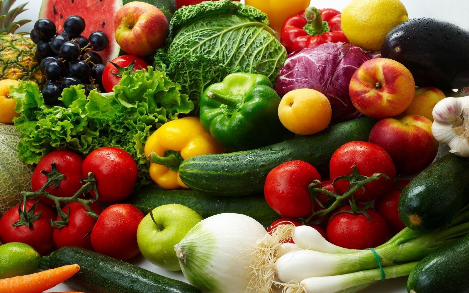 Mẹ sau sinh nên bổ sung chất xơ từ rau củ quả FOS để tốt cho hệ tiêu hóa và đảm bảo chất dinh dưỡng