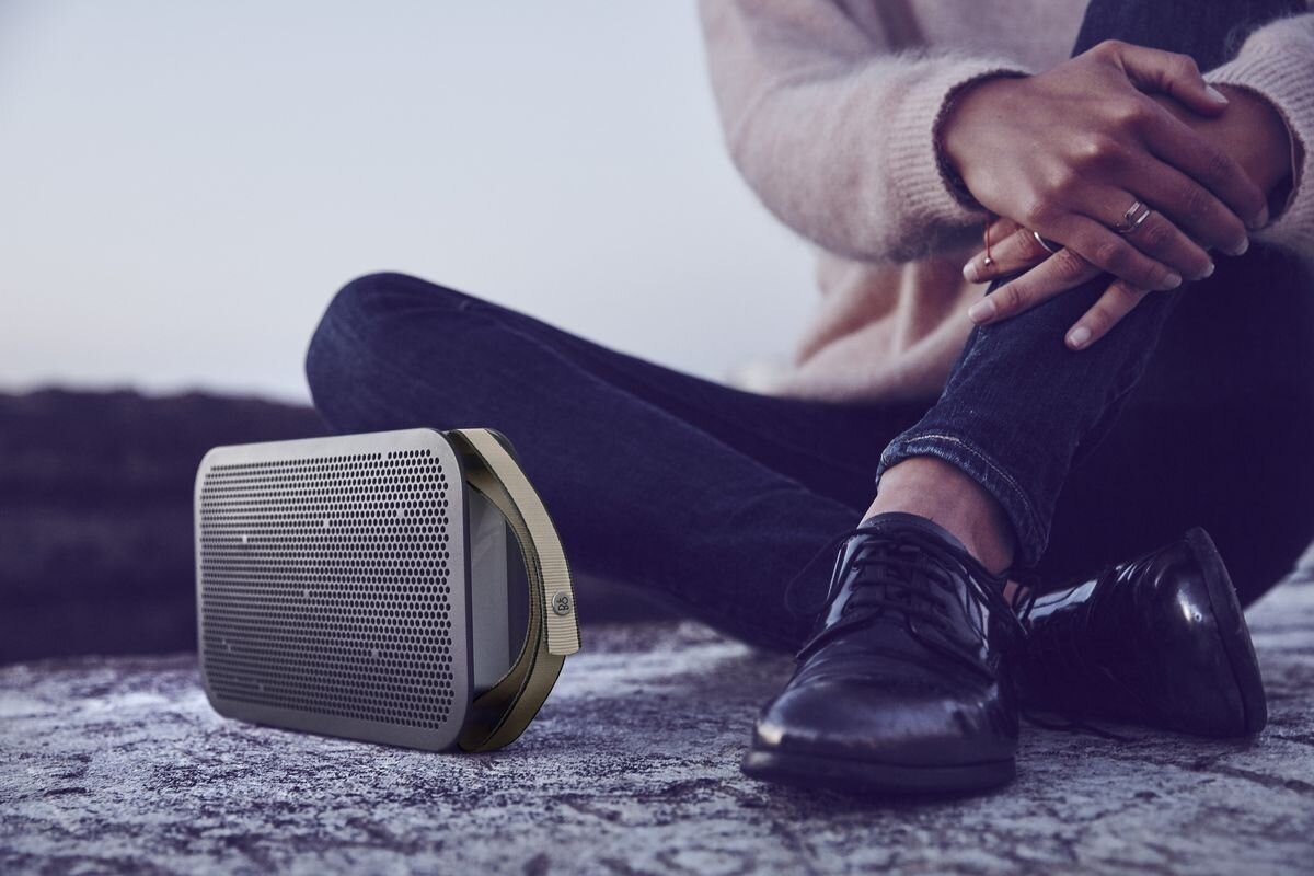 Loa Bluetooth âm thanh lớn B&O Beoplay A2 Active