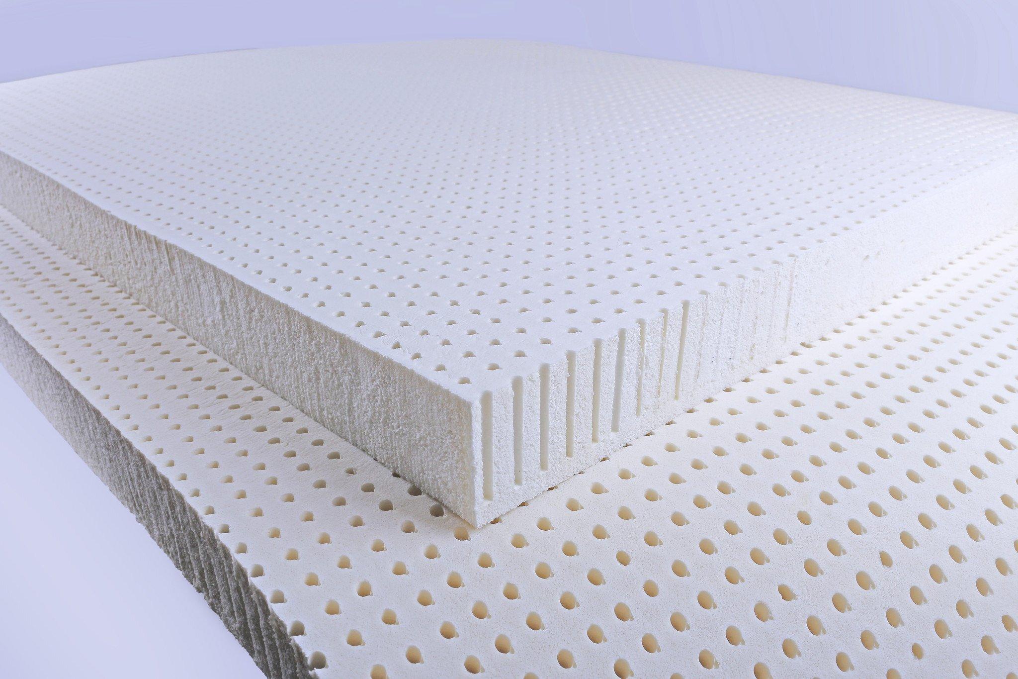 Đệm cao su có độ bền cao và dễ vệ sinh