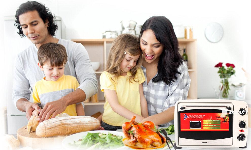 Lò nướng Sanaky được nhiều gia đình hiện nay tin yêu lựa chọn.