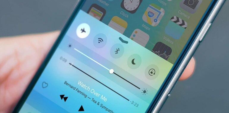 iPhone đang ở chế độ máy bay