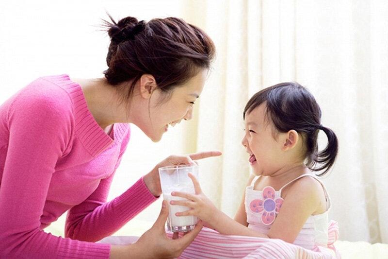 Mẹ có thể chọn sữa dành cho bé ốm dậy để bổ sung dinh dưỡng cho bé