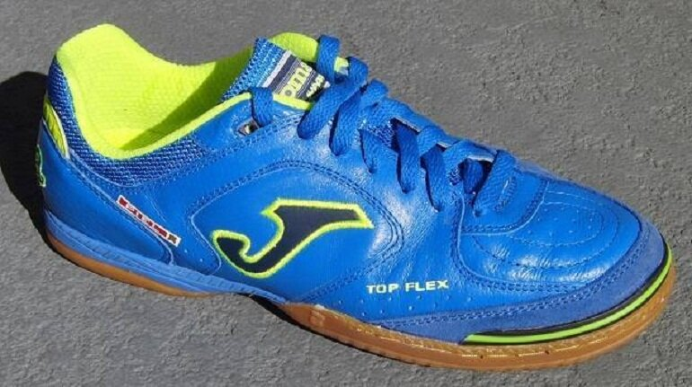 Giày bóng đá Pele Radium