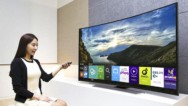 Smart tivi có kích thước lớn ngày càng được ưa chuộng hơn trong năm 2018