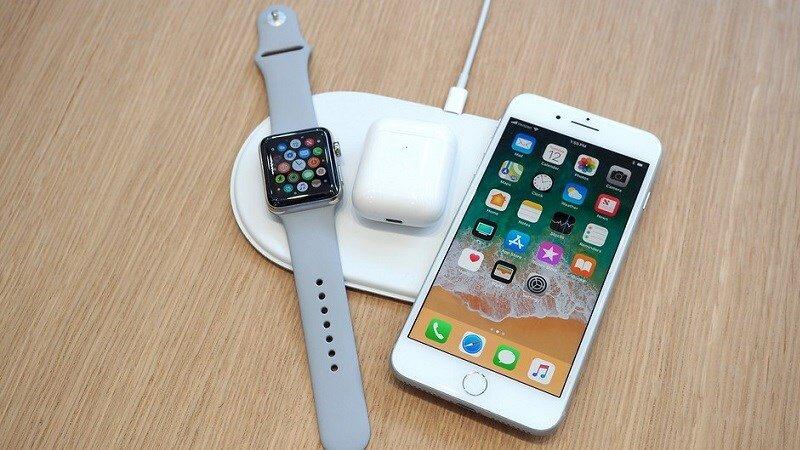 iPhone X tích hợp sạc không dây