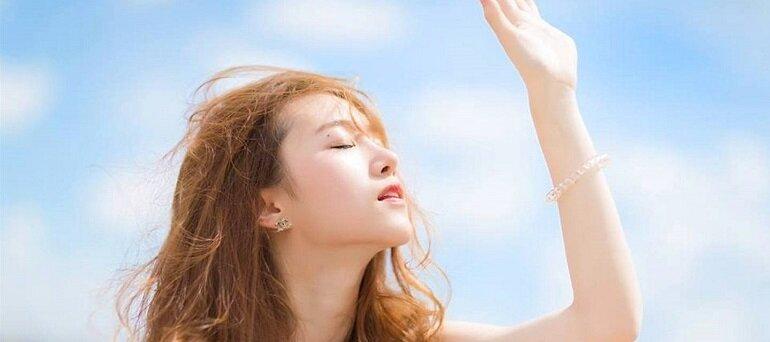 Xịt chống nắng là gì? Dùng có tốt không? Cần lưu ý gì khi sử dụng?