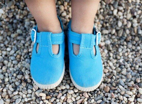 5 mẹo làm sạch giày dép cho trẻ mẹ đảm đang nên biết 1