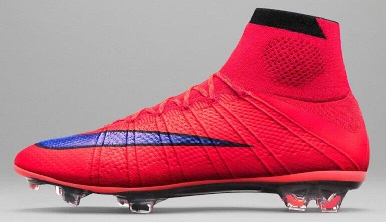 Giày đá bóng Nike chính hãng có chất lượng tốt và thiết kế bắt mắt