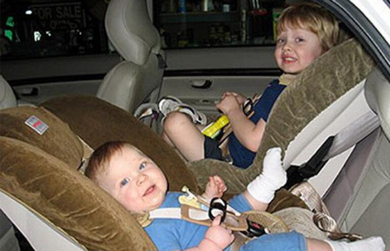 Những điều bố mẹ cần biết khi lắp ghế ngồi ô tô cho bé