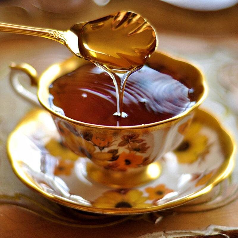 """Mật ong nguyên chất được ví như """"thần dược"""" tuyệt vời cho sức khỏe và sắc đẹp rất được tin dùng"""