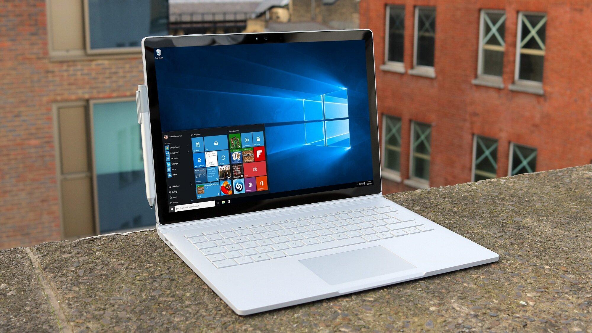 Laptop 2 trong 1 sử dụng cho đồ họa