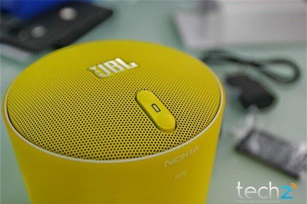 Mở hộp Lumia 1520 chính hãng tại Việt Nam: Trên cả tuyệt vời-image-1385719113224