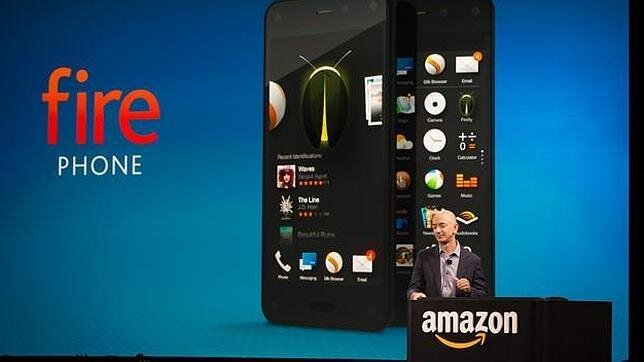 Dù có nhiều ưu điểm, nhưng Fire Phone còn thua xa iPhone của Apple.