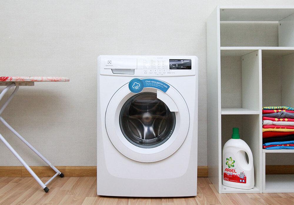 Máy giặt lồng ngang Electrolux EWF85743v