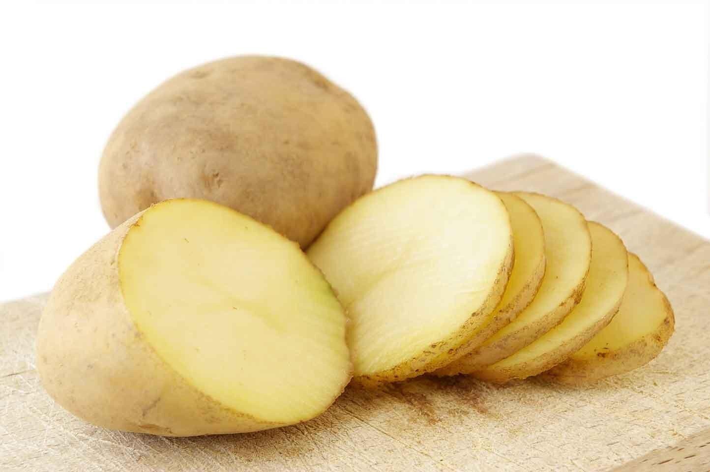 Khoai tây có nhiều vitamin B, vitamin A và các khoáng chất như sắt, kali, canxi