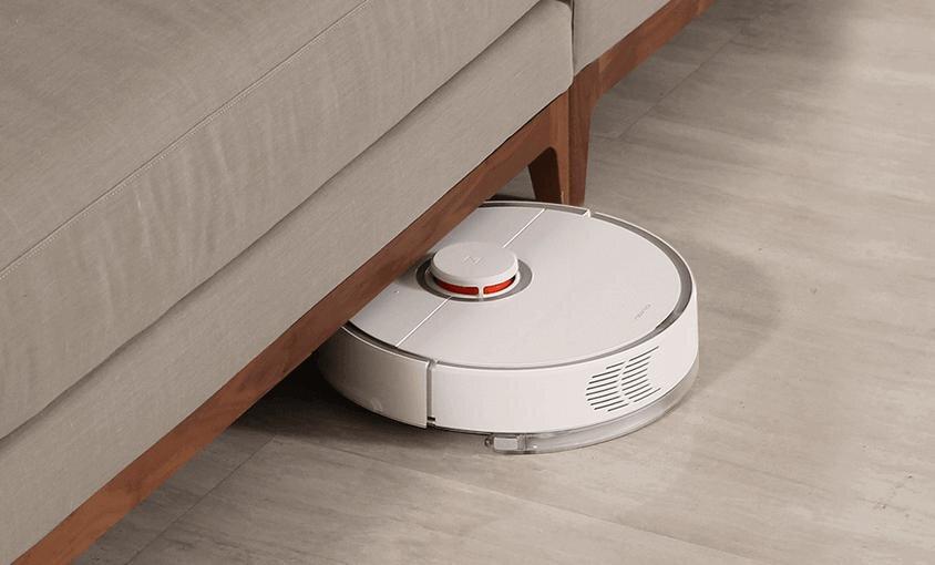 Tính năng cảm biến giúp máy đi vào mọi ngóc ngách trong ngôi nhà