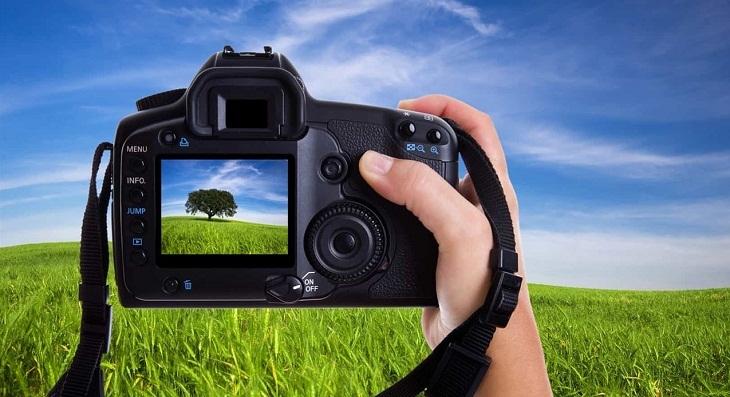 người mới chơi máy ảnh kỹ thuật số nên ngắm chụp theo cách nào
