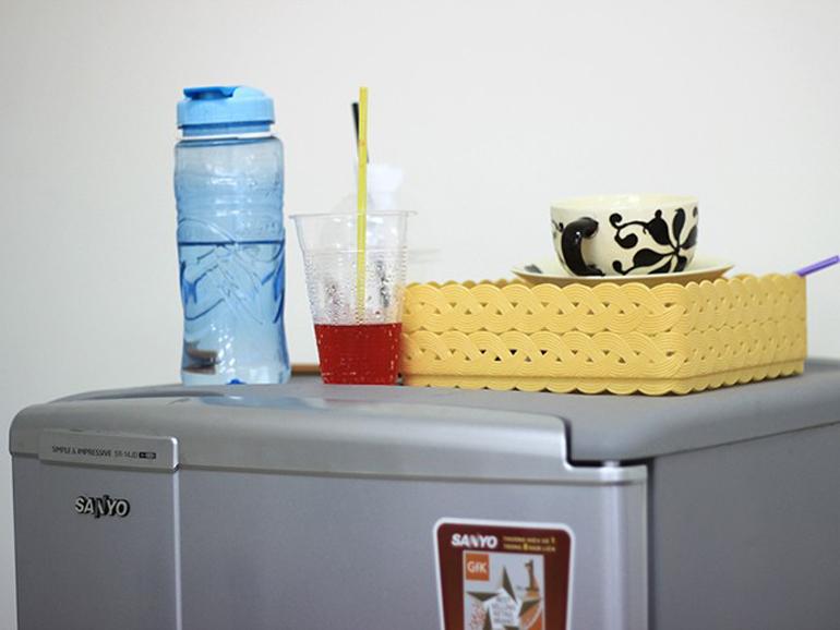 Không nên để quá nhiều đồ lên phía trên tủ lạnh