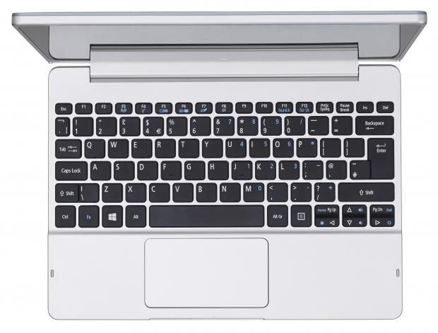 Dock bàn phím và Touchpad đem đến cảm giác khá thoải mái khi sử dụng