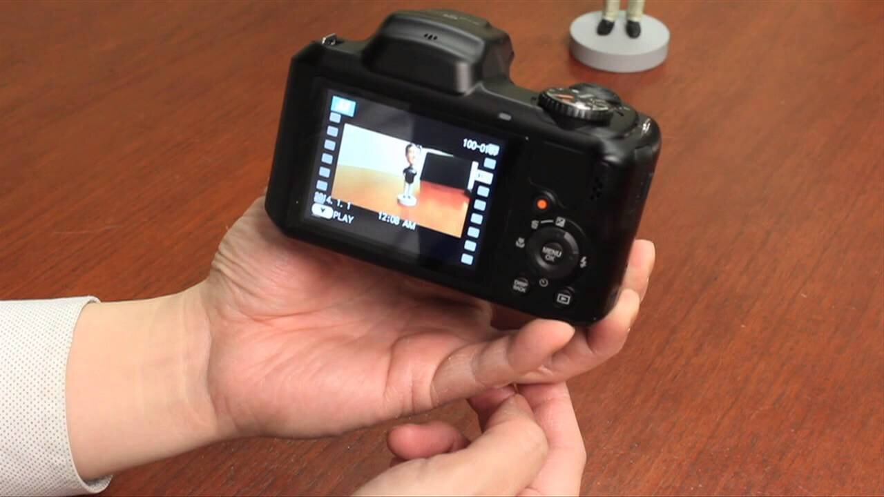 Máy ảnh Fujifilm S8600 có khả năng chống thấm nước rất tốt
