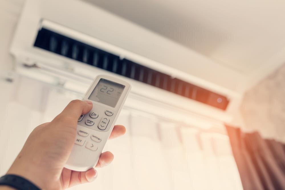 Nên mua máy điều hòa trong mùa hè nắng nóng này