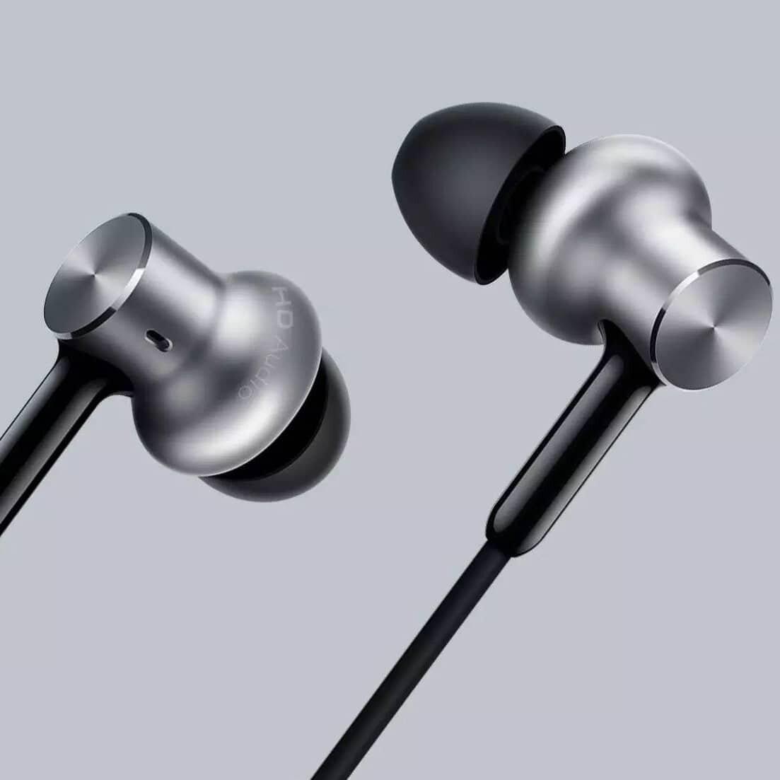 Tai nghe Xiaomi Piston Iron Pro có thiết kế sang trọng, đẹp mắt