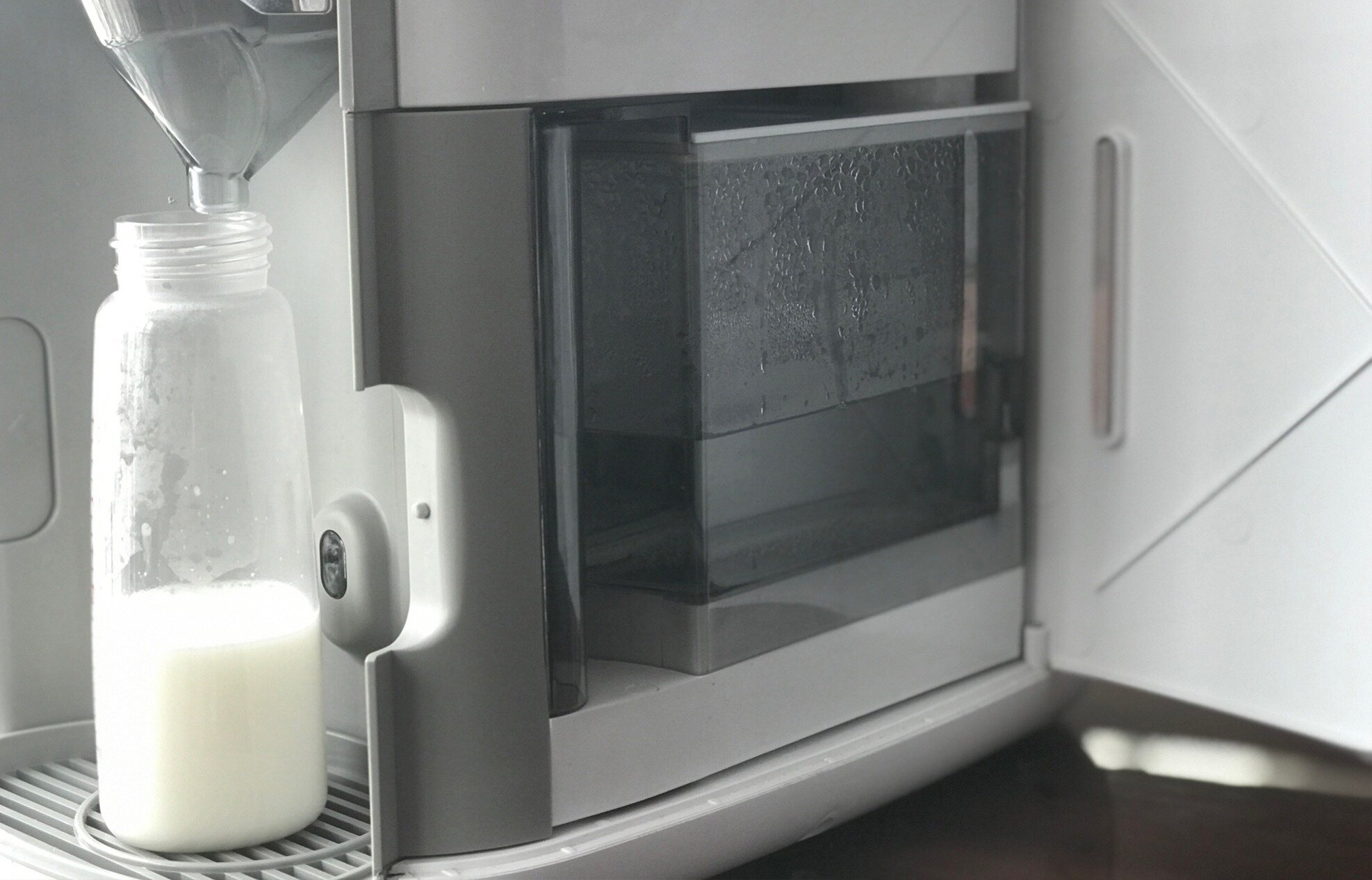 Pha sữa công thức đúng cách bằng máy Imami