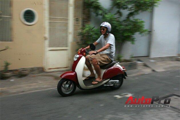 Honda Crea Scoopy 50cc: Scooter lý tưởng trong phố 8