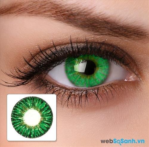 Kính áp tròng đeo 1 lần thường là loại kính áp tròng có màu