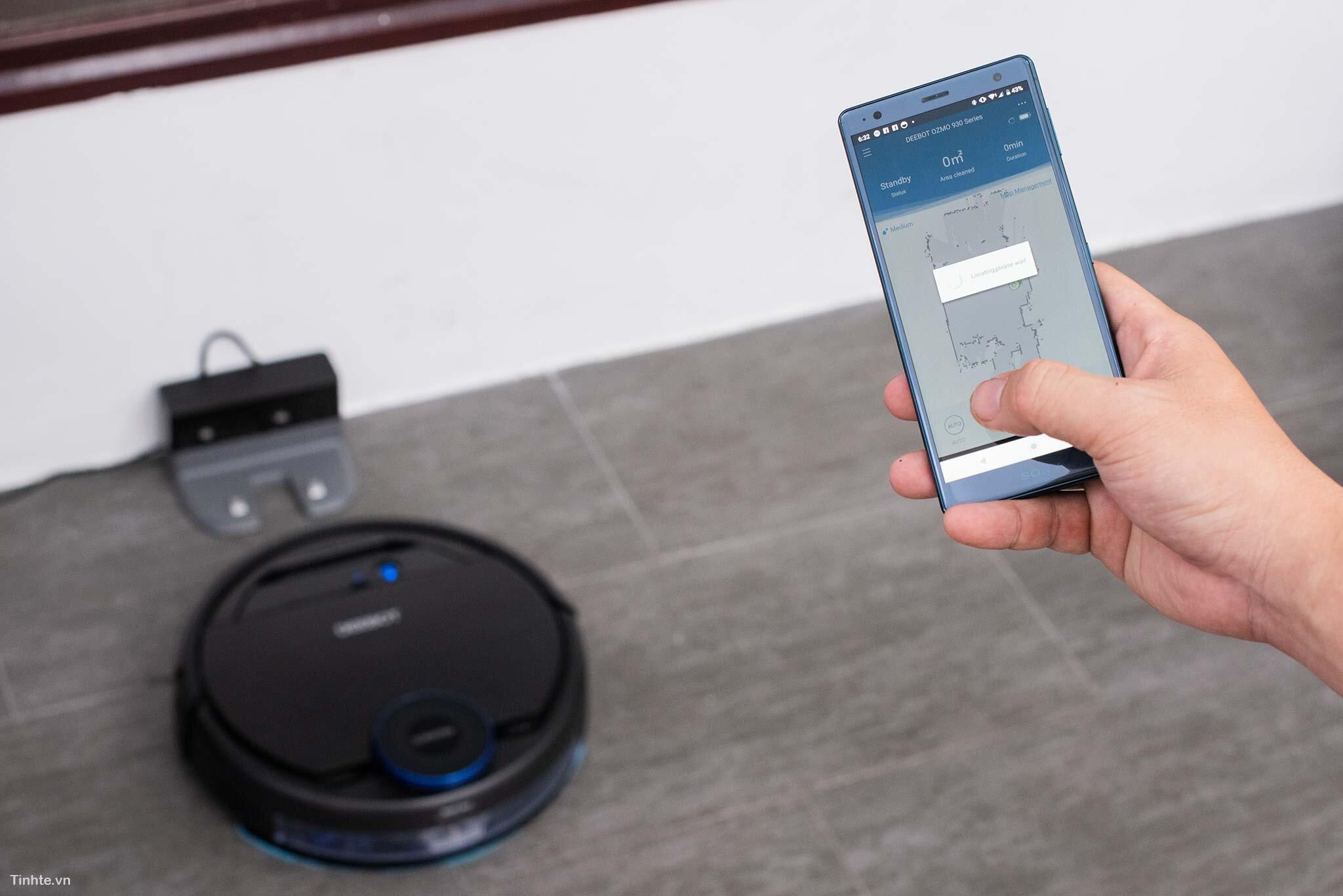 Kết nối thông minh với dock sạc và điện thoại