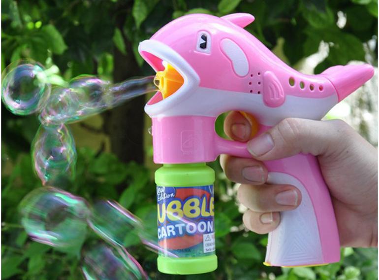 Đồ chơi cá mập thổi bong bóng xà phòng