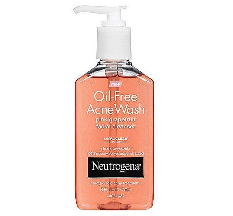 Sữa rửa mặt cho da dầu Neutrogena Oil-Free Acne Wash