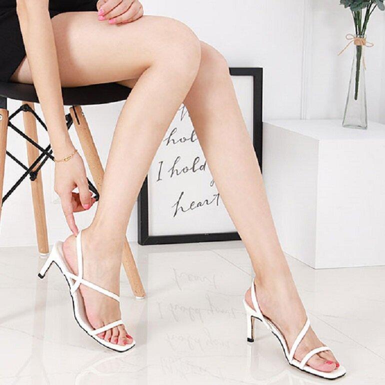 sandal nữ cao gót đế tròn