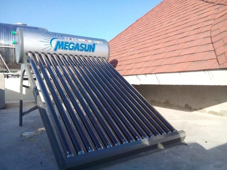 Bình nóng lạnh năng lượng mặt trời Megasun