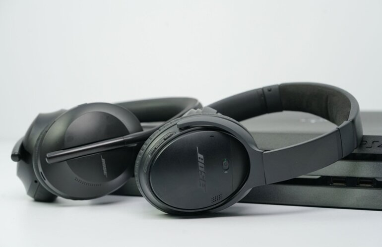 so sánh bose noise cancelling headphones 700 và quietcomfort 35 ii