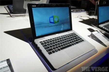 Người dùng có thể tùy chọn hệ điều hành Windows 8.1 hoặc Android để sử dụng