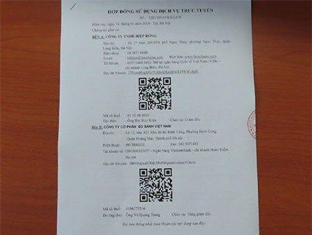 Bản hợp đồng lạ với mã QR Code và địa chỉ Bitcoin của cả hai bên.
