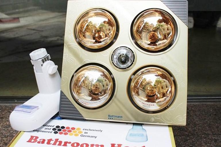 Đèn sưởi nhà tắm treo tường 4 bóng Kottman là một dòng của thương hiệu Hans