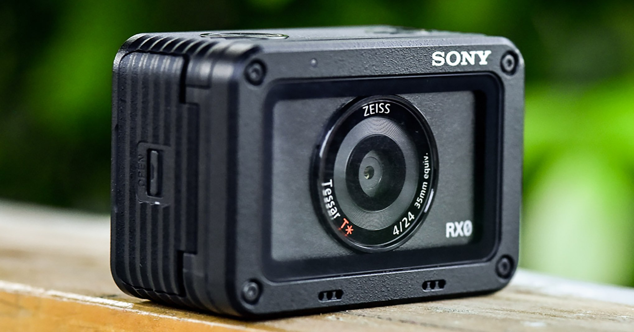 Máy chụp hình Sony DSC-RX0