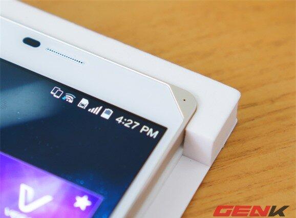 Trên tay Vega Iron 2 đầu tiên tại Việt Nam: Đối thủ xứng tầm của Galaxy S5