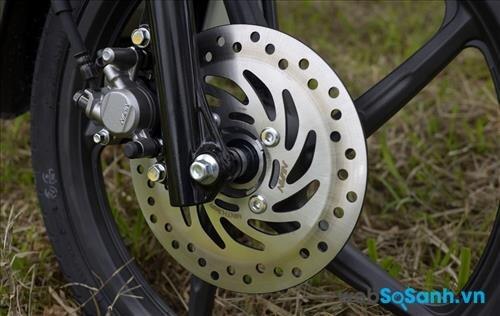 Honda Wave RSX cũng đã sử dụng phanh đĩa