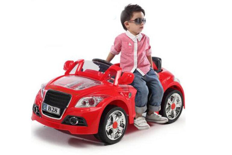 Đồ chơi mô hình xe ô tô tự lái