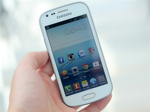 Samsung-Galaxy-Trend-1-JPG-137-2680-7730