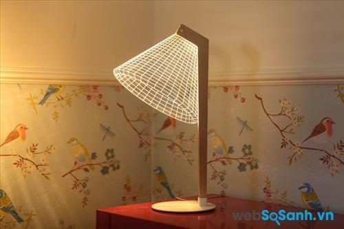 Đèn 3D đang được bán với giá 70 USD