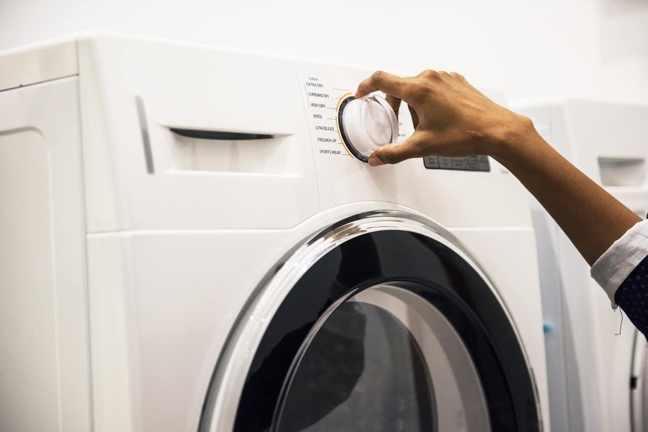 Máy giặt Sharp sử dụng tương đối đơn giản