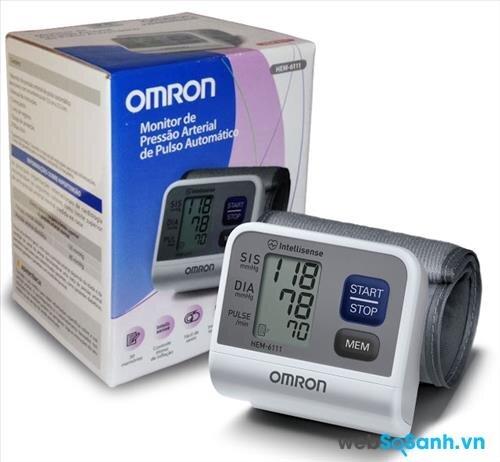 Máy đo huyết áp cổ tay Omron tốt nhất năm 2016: máy đo huyết áp Omron HEM-6111