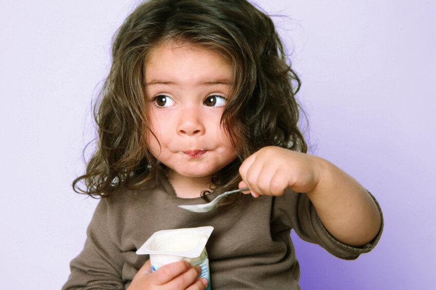 Sữa chua giúp tăng cường hệ miễn dịch và khả năng tiêu hóa