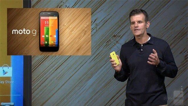 Moto G chính thức ra mắt: iPhone giữa rừng giá rẻ