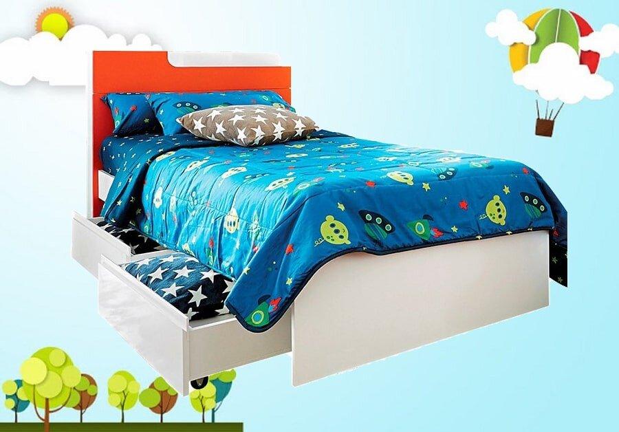 Với thiết kế đơn giản lạ mắt và được gia công chắc chắn đây là mẫu giường hợp với nhu cầu của bạn